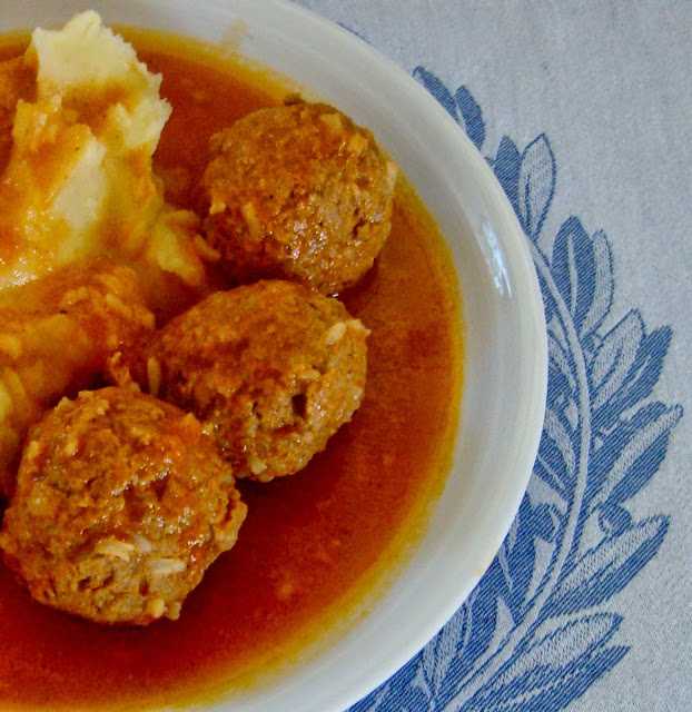 Youverlakia Greek meatballs with rice, in tomato sauce.