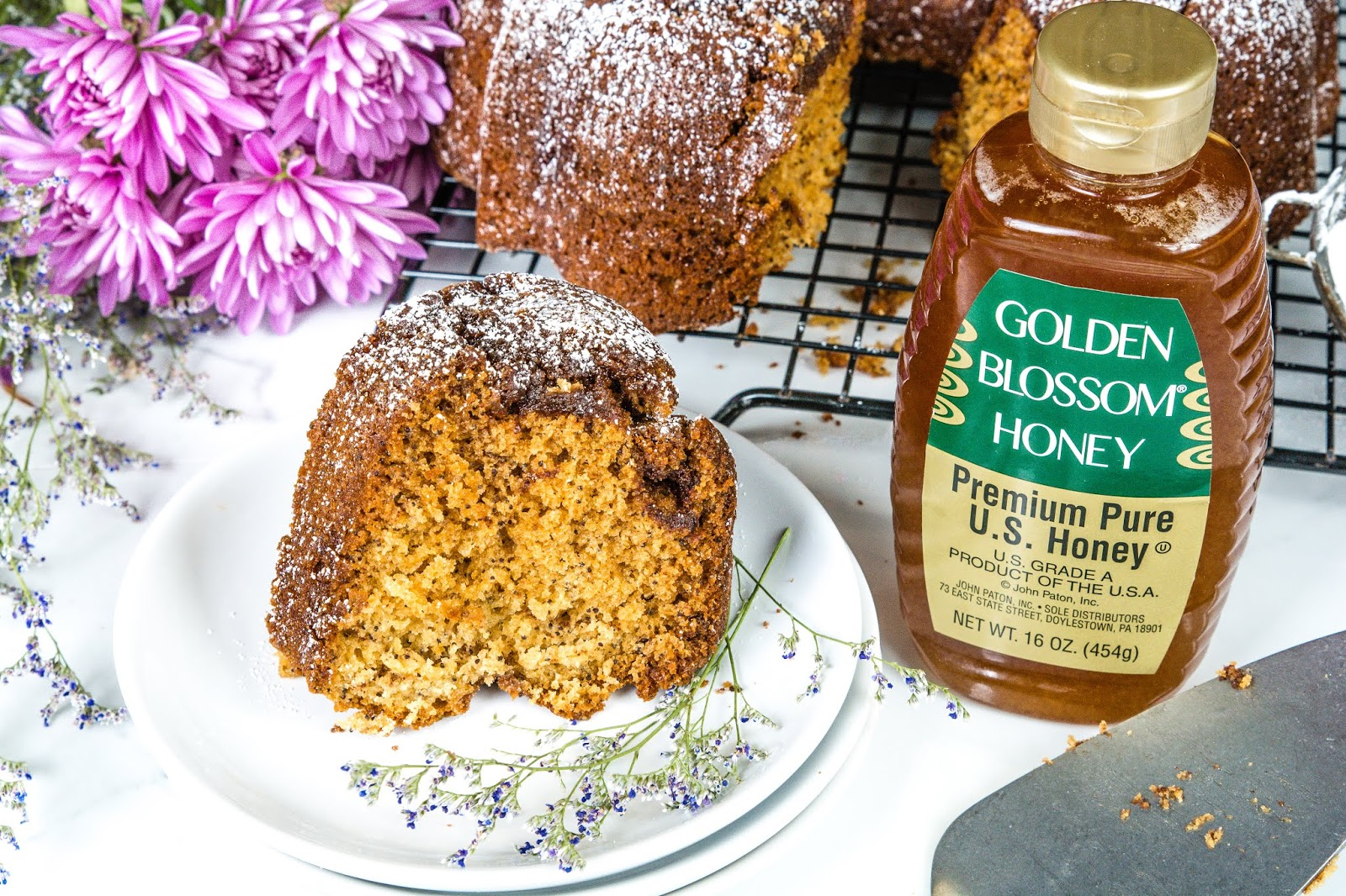 Cinnamon Poppy Coffee Cake