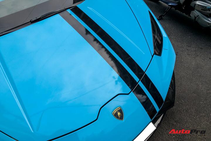 Lamborghini Huracan độ hàng độc tại Sài Gòn được ví 'màu như khẩu trang', nội thất lộ những chi tiết gây chú ý hơn