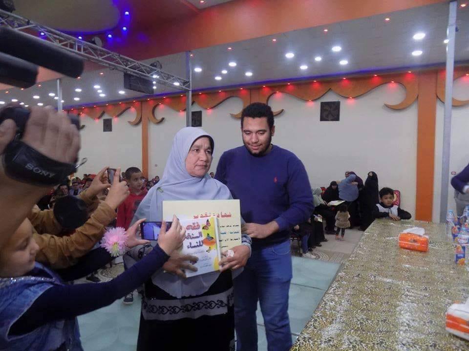 مليون مبروك الحاجة تحية حمزة  تحصد لقب الأم المثالية لعام 2020 بمحافظة البحيرة