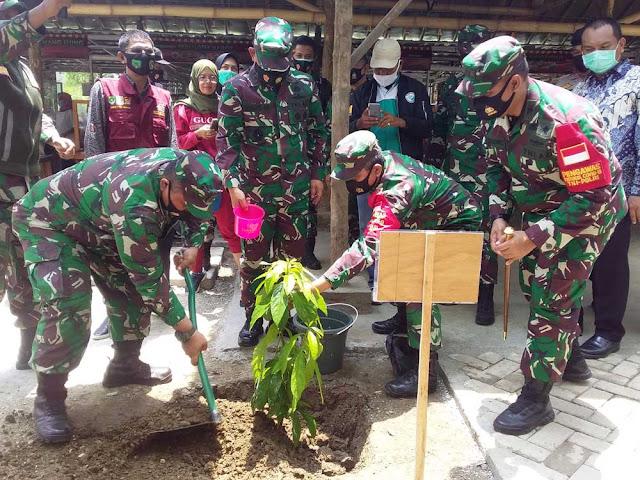 Pangdam Jaya Laksanakan Penanaman Pohon