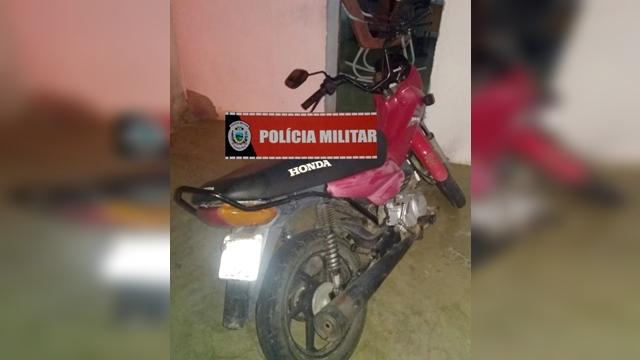 Policiais Militares de Sta. Luzia recupera moto e celular, além de apreender os menores suspeitos do roubo