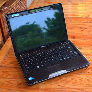 laptop bekas toshiba u505 bekas