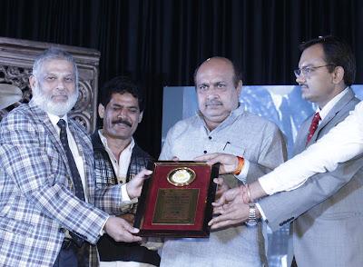 Dr Taqi Raza Awarded Best Doctor Jabalpur Madhya Pradesh