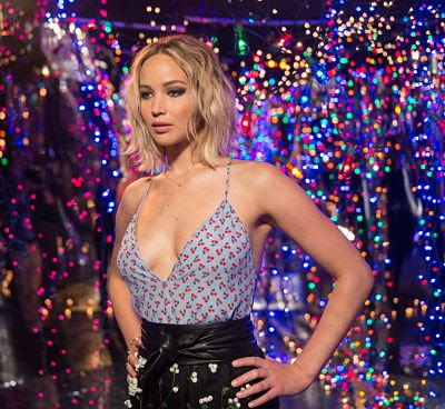 Jennifer Lawrence – 'Passengers' Photocall in Los Angeles