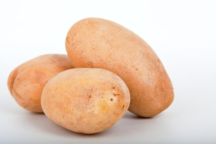 البطاطس لتبييض الأماكن الحساسة