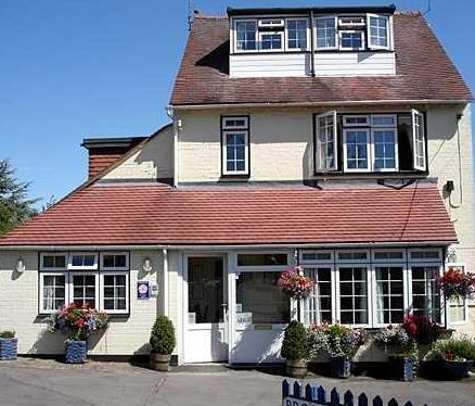 K Williams Stratford Upon Avon The B & B Directory - Bed & Breakfast accommodation in the UK ...