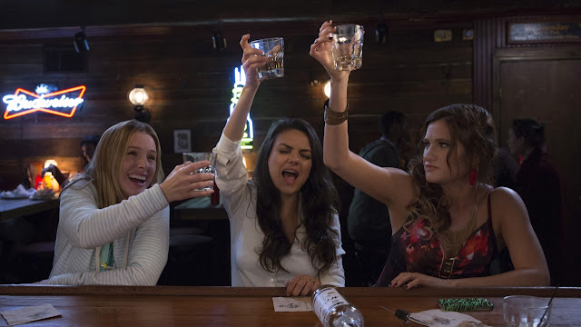gambar film bad moms review by lemonvie