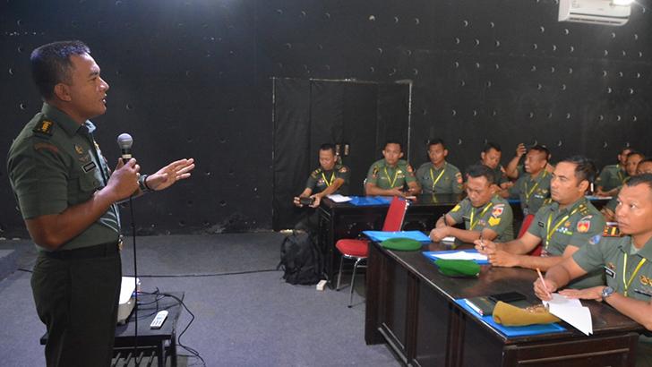Tingkatkan Fungsi Penerangan, Kodim 0735/Surakarta Utus Prajuritnya Ikuti Pelatihan