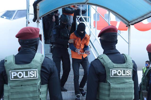 26 Terduga Teroris Yang Diterbangkan Dari Makassar Ditahan di Rutan Cikeas