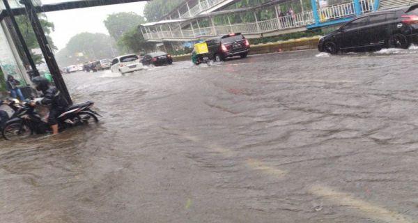 Bajir Jakarta Foto : jpnn