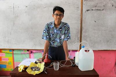 Pelajar SMP N 16 Medan Ciptakan Gas Dari Kaleng