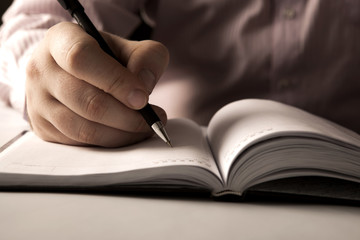 Basic Steps To Effective Article Writing