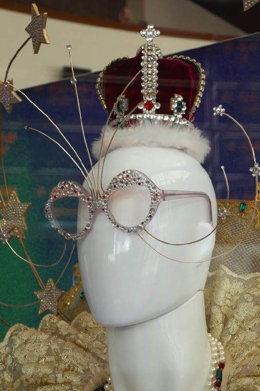 Rocketman Elton John Queen crown glasses