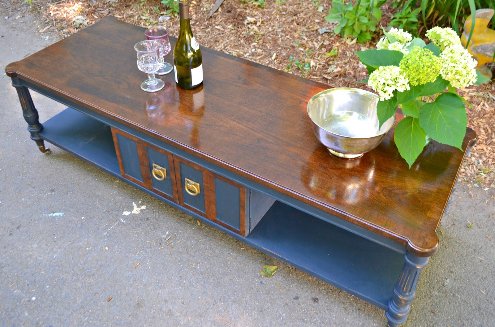 Heir And Space A Vintage Thomasville Coffee Table