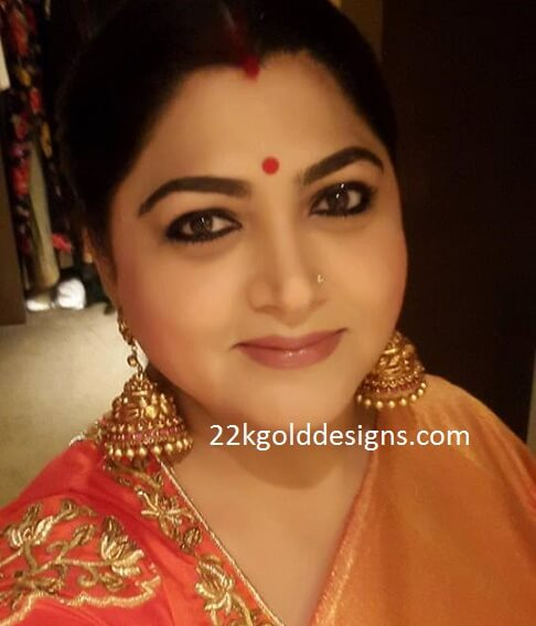 Kushboo Sundar in Big Nakshi Jhumkas