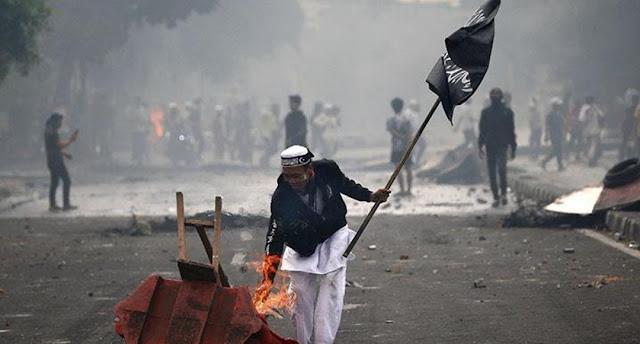 Anggota FPI Lampung Akui Bawa Senjata Saat Kerusuhan 22 Mei