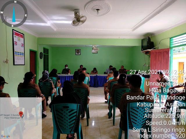 Dalam Rangka Pembangunan Pos PPKM Micro, Personel jajaran Kodim 0208/Asahan Turut Serta Menghadirinya