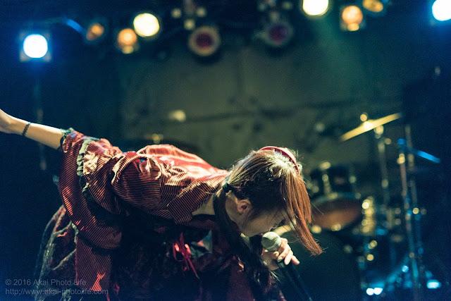 神樹まりな、モルガーナで撮影したライブの写真