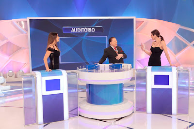 Isabella, Silvio e Luciana (Crédito: Lourival Ribeiro/SBT)