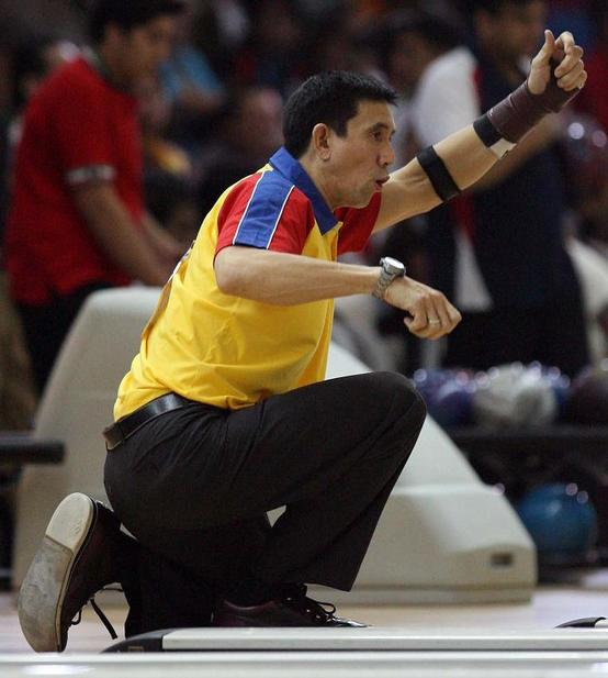 Go Philippines: Paeng Nepomuceno: Youngest Tenpin Bowling