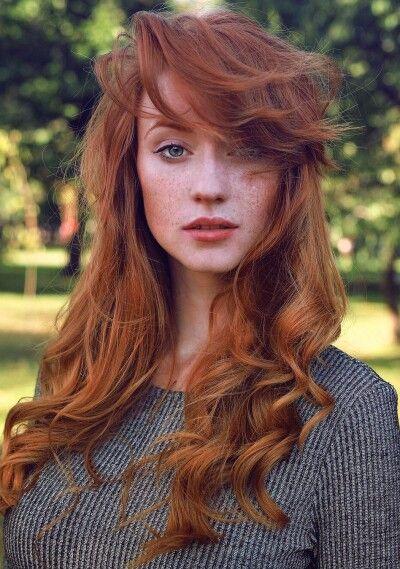 Street Style Gorgeous Redhead