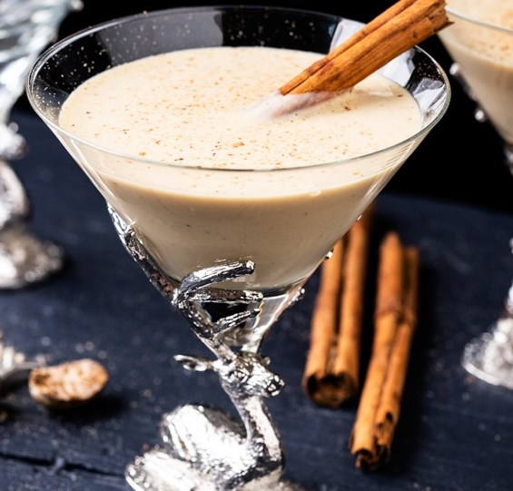 Luscious Homemade Eggnog 🎁 gluten free, keto & paleo #drinks #healthy