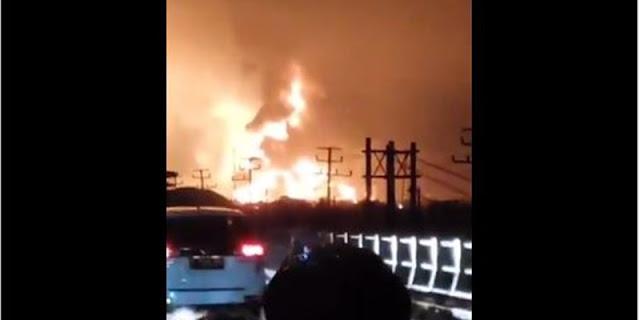 Kebakaran Kilang Pertamina Indramayu Diduga Akibat Tersambar Petir