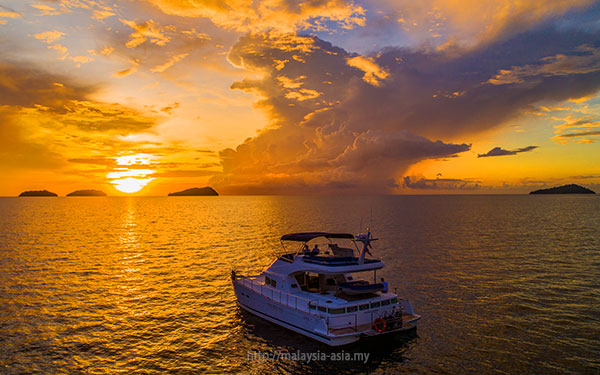 Sutera Harbour Sunset Cruise