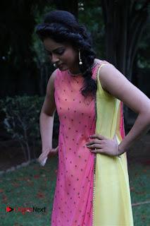 Tamil Cinema Actress Nandita Swetha Pictures at Ulkuthu Audio Launch  0038