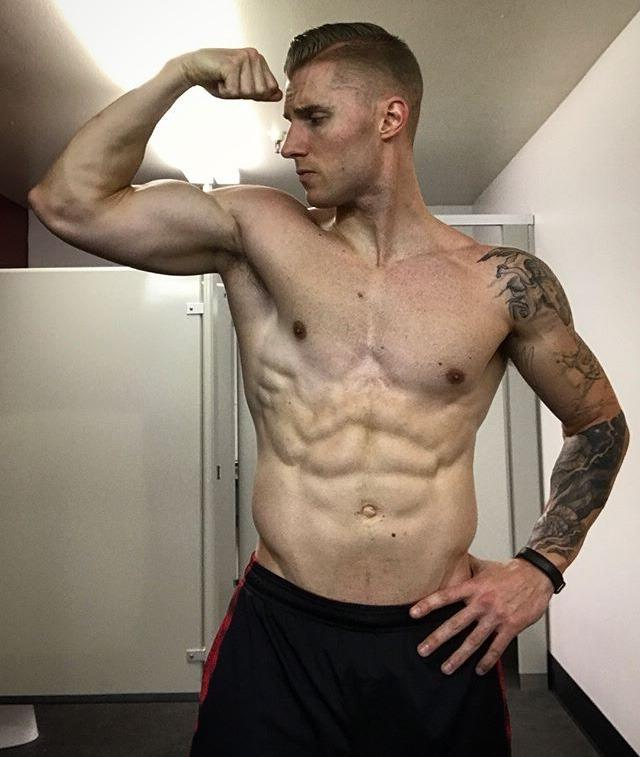 handsome-alpha-bro-jock-athlete-tattoo-flexing-muscle-biceps-shirtless
