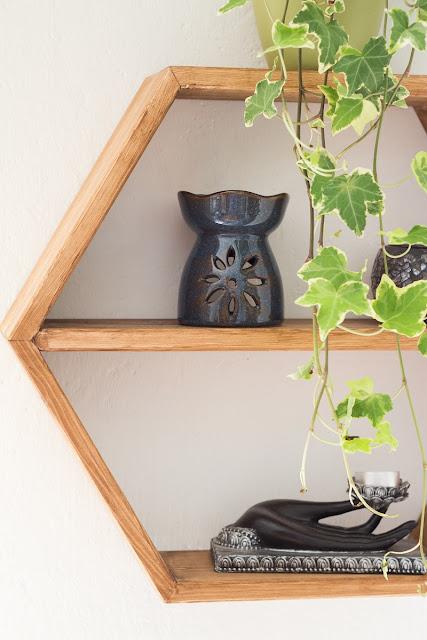 DIY Hexagon Shelf - Wabenregal - sechseckiges Regal selber bauen, machen, basteln
