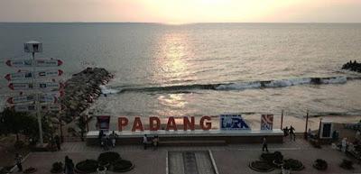 Padang populer dengan rendangnya yang sangat enak 5 Pantai Terbaik & Terfavorit di Padang, Sumatera Barat