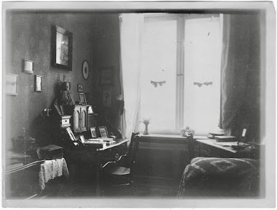 Sekretär, Bilder, Stuhl, Divan