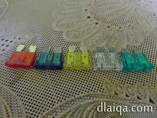 ukuran sekring berdasarkan warna
