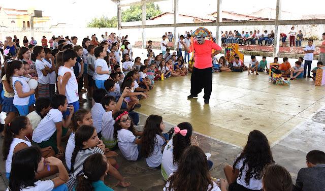 Resultado de imagem para Governo Municipal promove ação para comemorar Páscoa com crianças em Felipe Guerra