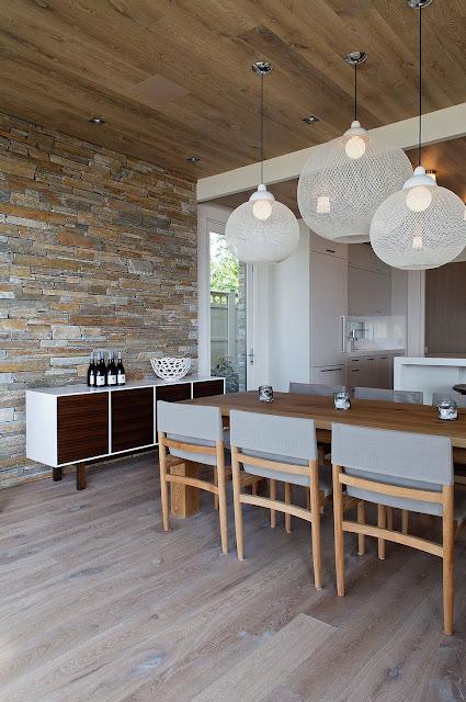 ห้องครัวเพดานไม้