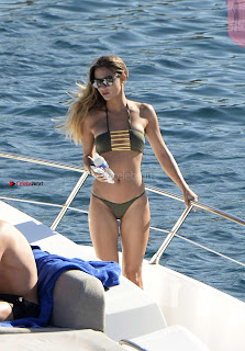 Ann-Kathrin-Brommel-Hot-in-a-bikini-while-on-a-yacht-in-_027+%7E+SexyCelebs.in+Exclusive.jpg