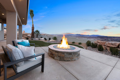 Backyard of House #27: The Resolute at the 2021 Parade of Homes
