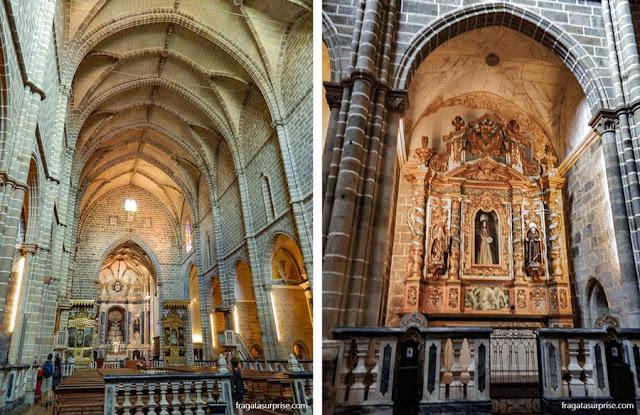 O altar-mor e um altar lateral da Igreja de São Francisco em Évora, Portugal