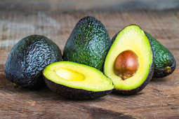 How the Avocado Fruit Works For Diet