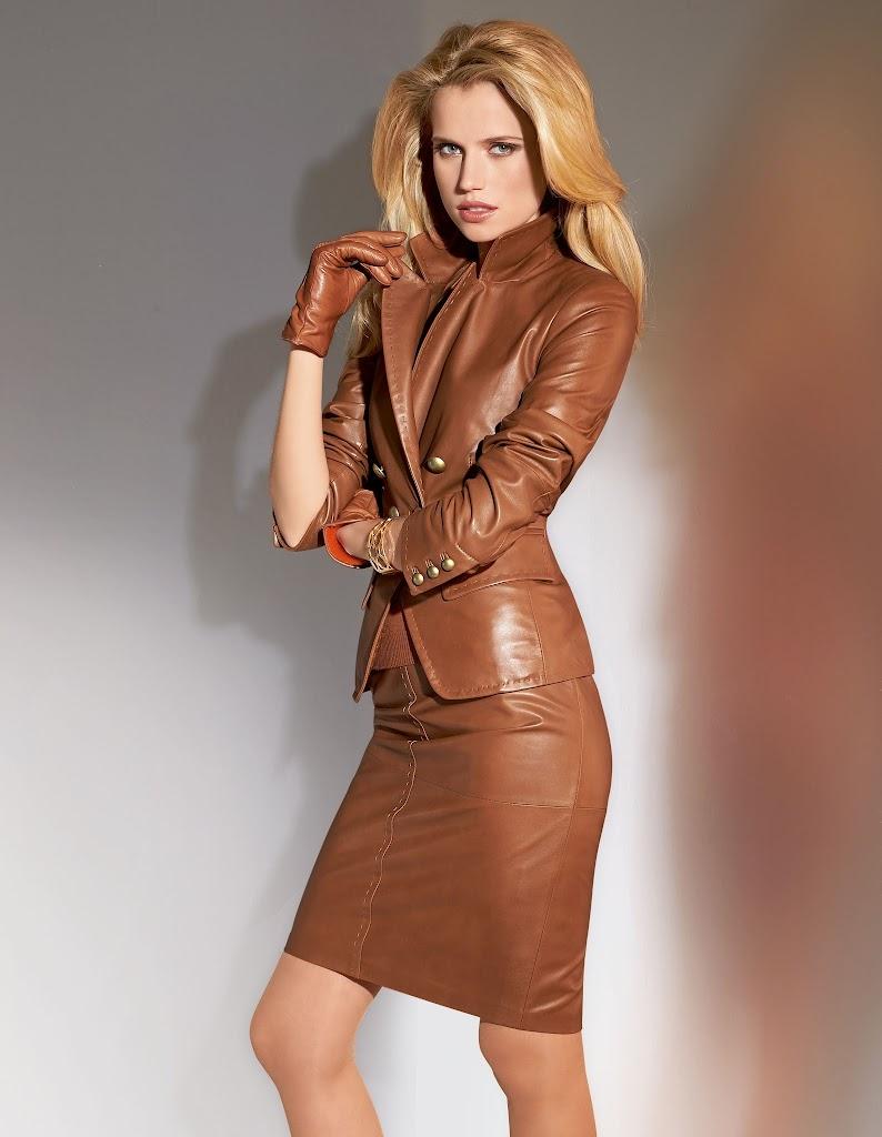 Ladies Brown Skirt 87