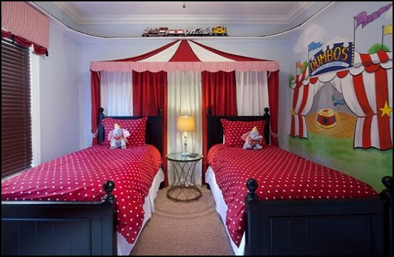 circus themed bedroom decor