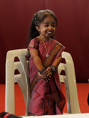 Sitting On Chair World's Shortest Woman 'Jyoti Amge'