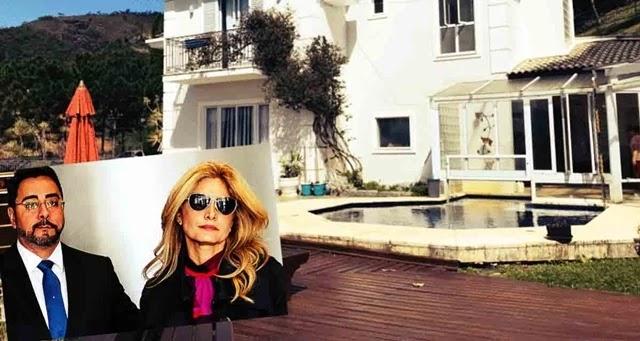 Localizada em Itaipava, no Rio, o imóvel de 600 m² faz parte de um condomínio de luxo, onde o casal é vizinho do ministro Luís Roberto Barroso e do ex-diretor da Petrobras, Paulo Roberto da Costa