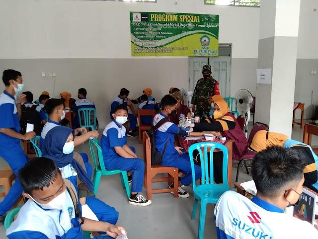 500 Pelajar SMK Futuhiyyah Mendapat Suntik Vaksin Covid-19 Dosis Pertama