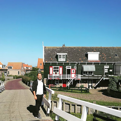 Satu lagi kampung nelayan tradisional Belanda, Marken yang kemas dan bersih giler