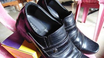 5 Brand Sepatu Terkenal di Indonesia diKenang Sepanjang Masa