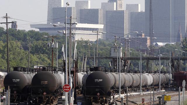 EE.UU. registra el máximo de compras de derivados de petróleo a Rusia en 16 años