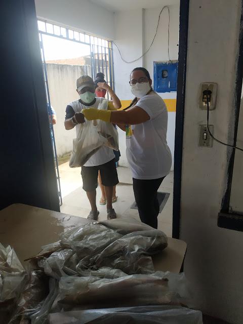 Em Ribeirão, prefeitura entrega 12 toneladas de peixe a famílias de baixa renda